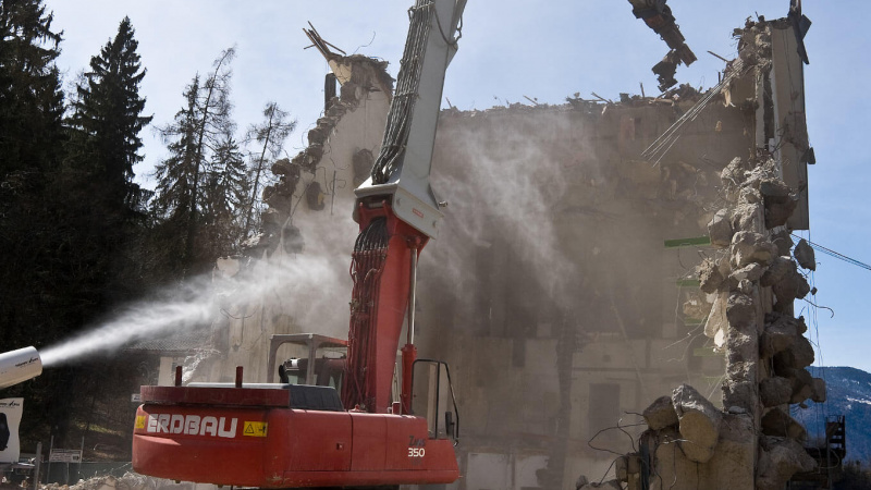 demolition-dust-control-solution-1.jpg